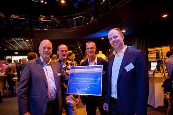 CycloMedia reikt Platinum award uit aan NedGraphics